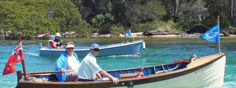 boat-parade-melkirdan